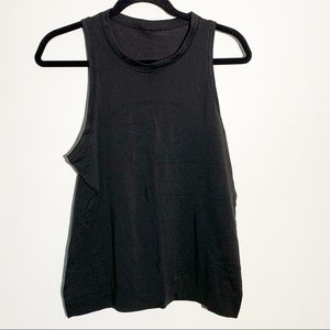 Lululemon black sleeveless vented tank top